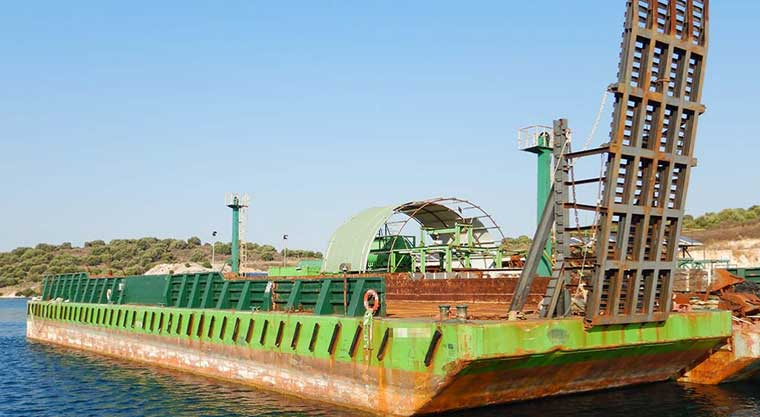 49 m x 14 m DWT 1,300 Deck Barge w/ Bin Walls and Ramp