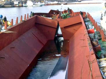 1,650 m3 Split Hopper Barge