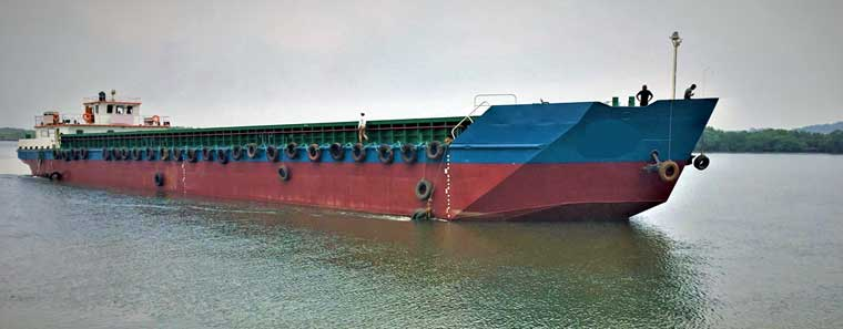 3,057 m3 Self Propelled Box Hold Barge w/ Pump-Out